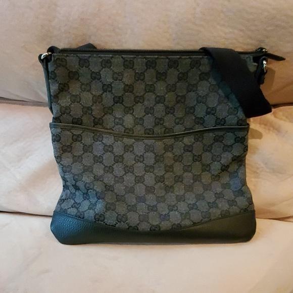 4adfb21822fa Gucci Bags | Cloth Crossbody | Poshmark